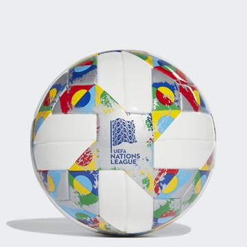 CW5263 - Míč UEFA Mini